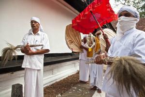 Kap Situweema ritual at the Pattini devale at the Dalada Maligawa (Temple of Buddha's tooth relic), Kandy